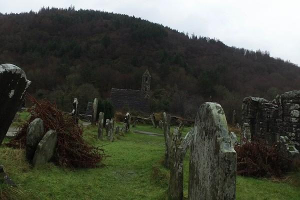 glendalough monastic city irlanda