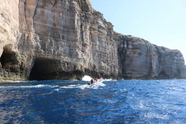 acantilados desde mar malta