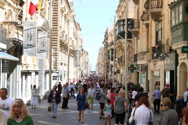 calle principal valeta malta