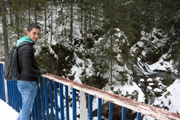 caida de agua nieve zakopane polonia