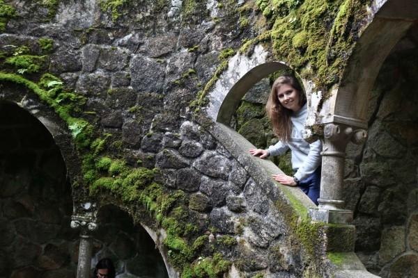 escaleras en pozo de agua quinta de la regaleira sintra portugal