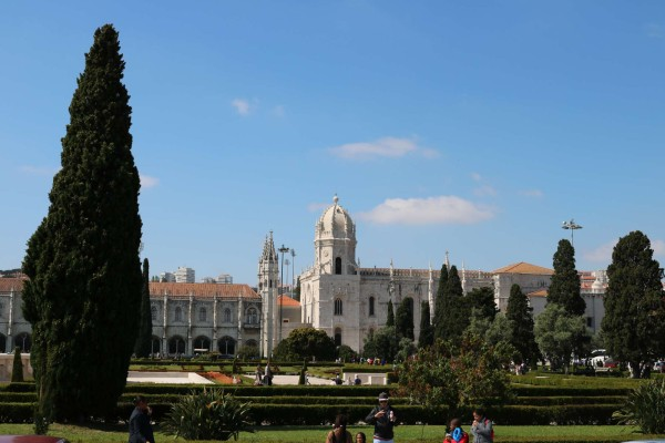 monasterio jeronimos exterior lisboa portugal