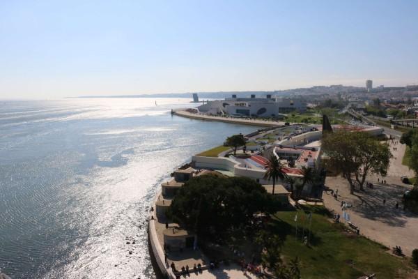 vista desde la torre de belem lisboa portugal