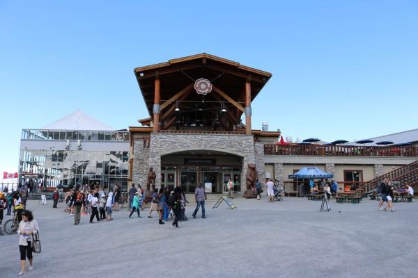 roundhouse lodge restaurante en la montaña whistler canada