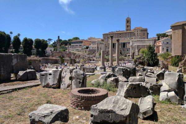 que hacer en roma foro romano italia
