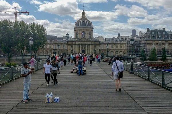 puente de las artes puente de los candados paris francia
