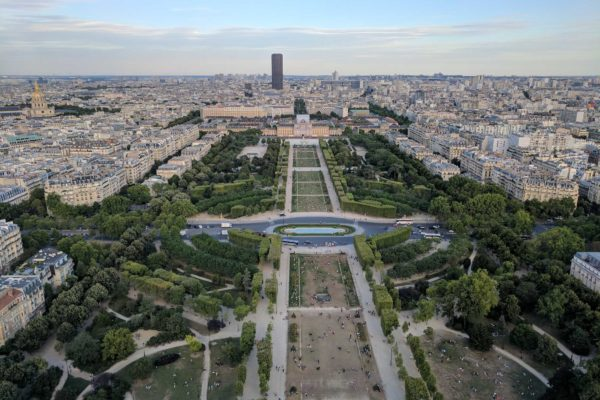 vista desde arriba torre eiffel paris francia